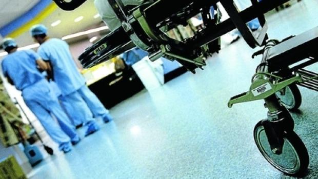 Doktor dan jururawat di hospital kerajaan bersikap teruk? Wanita ini berkongsi pengalamannya sepanjang rawatan anaknya