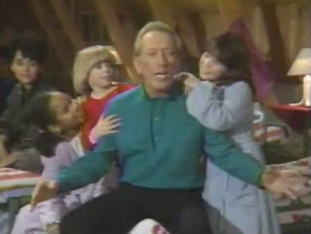 Andy Williams & The NBC Kids Search for Santa