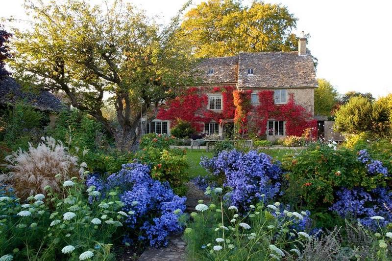 Foto del d a jardines en oto o gray house in oxfordshire for Jardines en otono