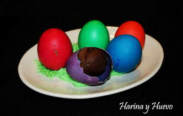 Huevos sorpresa de colores