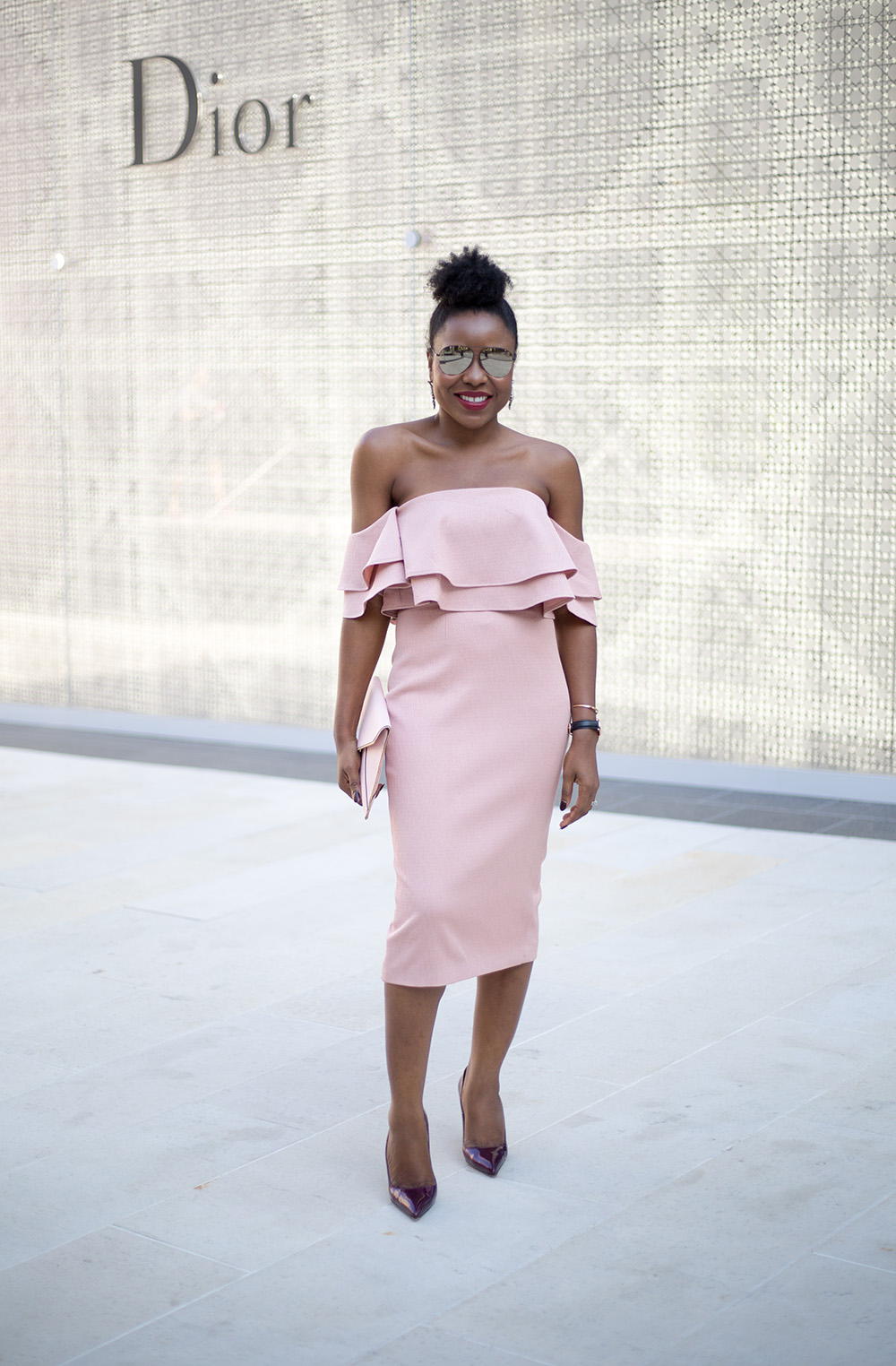 How toPerfectly Match Your Shoes With Your Dress