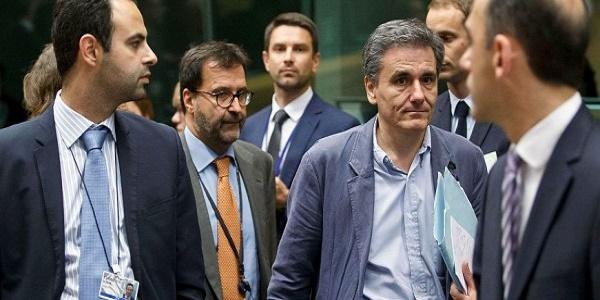 Δυσμενής εξέλιξη! – Η κυβέρνηση σύρεται σε Eurogroup για τα μέτρα «κάβα» ύψους 3 δισ. ευρώ