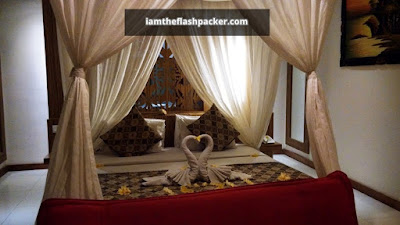 The Widyas Luxury Villa Bali | King Size Bed with Netting