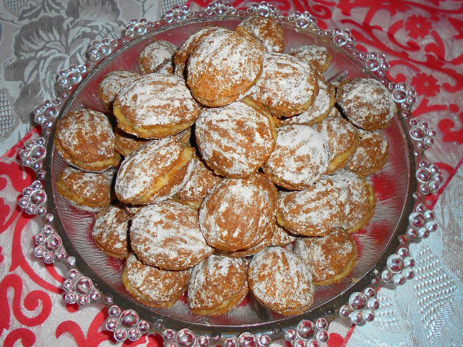 Édes sütemények-diós, vaníliás