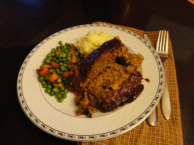 Gluten-Free-Meatloaf-with-Homemade-BBQ-Sauce-Topping.jpg
