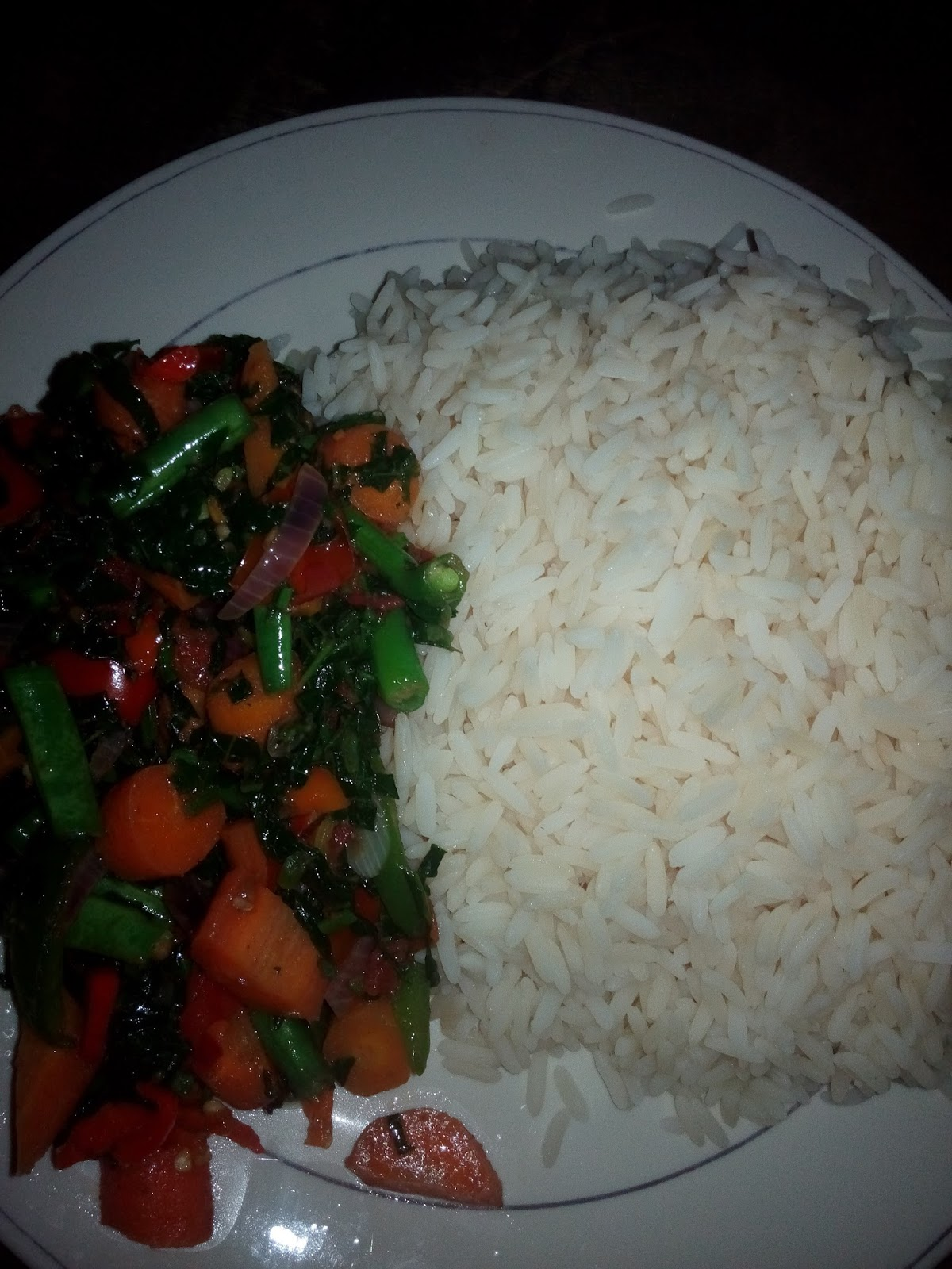 Pwesh kitchen all nigerian food recipe blog white rice served food is ready delicious forumfinder Gallery