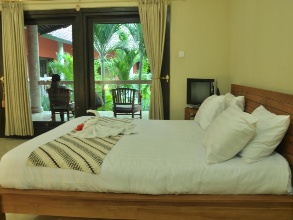 Crystal Ocean View Tulamben Hotel 5