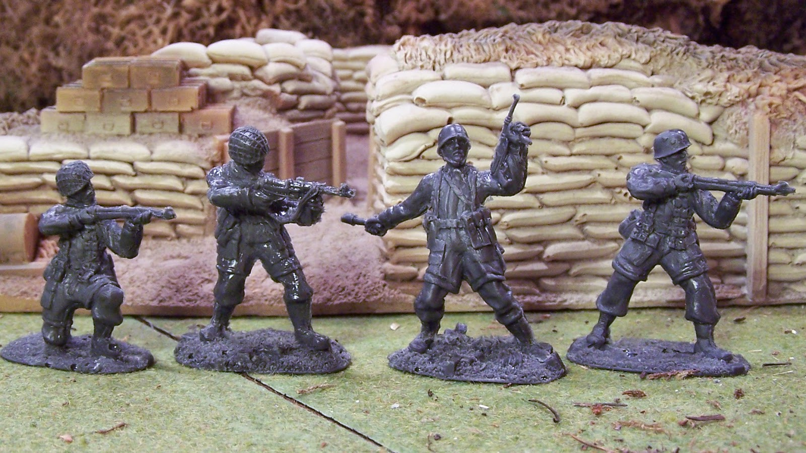 WWII Plastic Toy Soldiers: Action Casting - Toy Soldiers