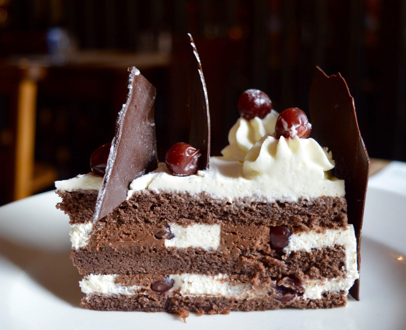 A Classic Black Forest Gateau Recipe as inspired by the 80's and #RennieHappyEating