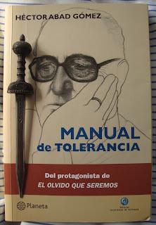 Portada del libro Manual de tolerancia, de Héctor Abad Gómez