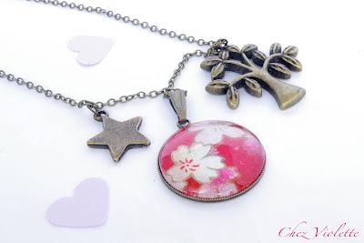 Collier arbre, étoile et médaillon rouge tissu japonais - Chez Violette