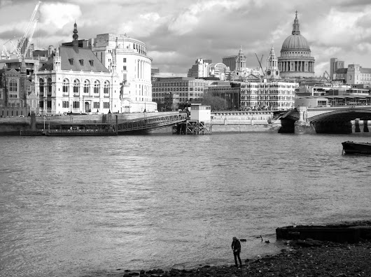 Saturday Beach: Woman on the Southbank