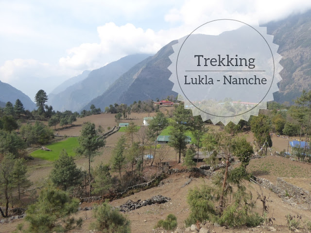 Trekking in Nepal da Lukla a Namche Bazar: veduta di un villaggio