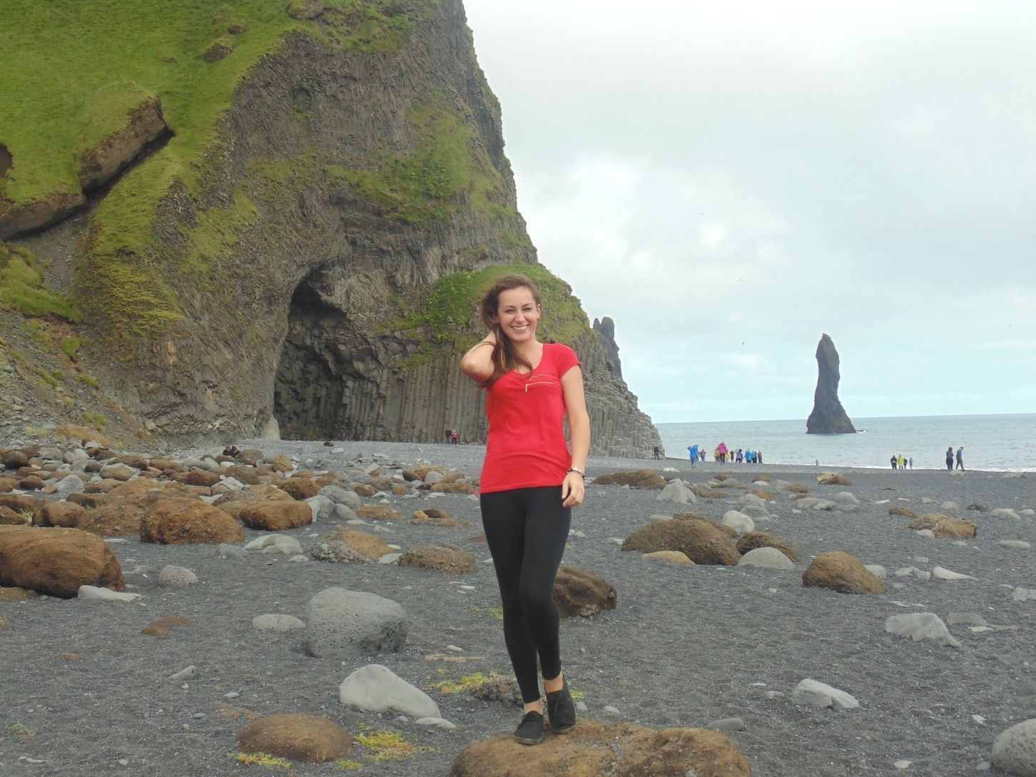 plaża, czarna plaża, Reynisfjara, południowa Islandia, atrakcje turystyczne Islandii, Islandia, blog o Islandii, praca w Islandii, pani dorcia, blog podróżniczy, blog fotograficzny