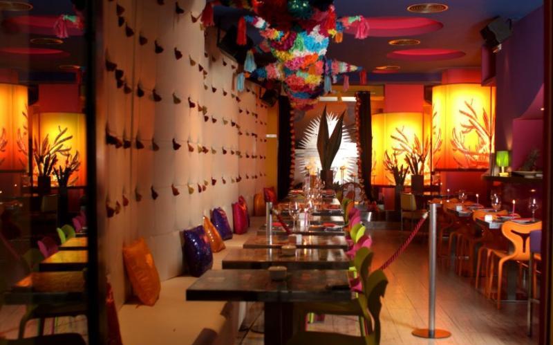 La guarida de bam restaurantes mexicanos en espa a for Muebles para restaurantes modernos