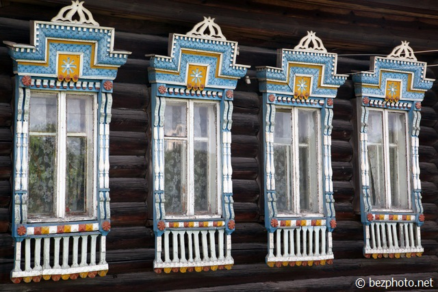 деревянные резные наличники фото