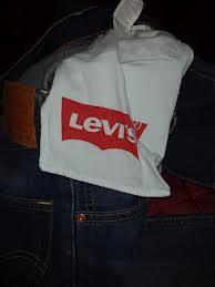 Levi's cewe