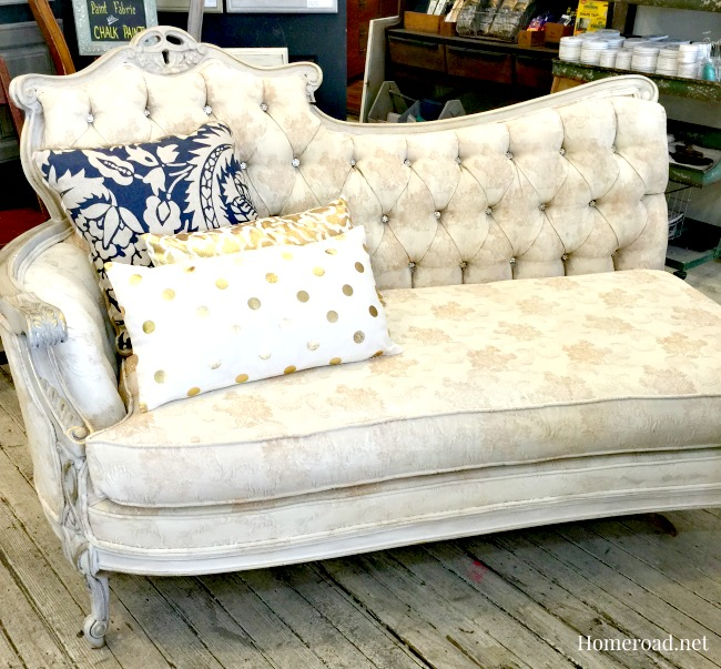 Glamorous Chalk Painted® Fabric Chaise www.homeroad.net