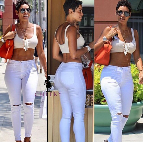 Nicole-Murphy-showcases-her-hot-body-in-new-photos-4