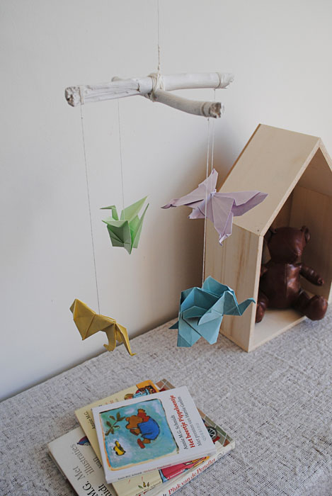 Favoriete Dutch Design on a Budget: DIY origami mobile @PT34