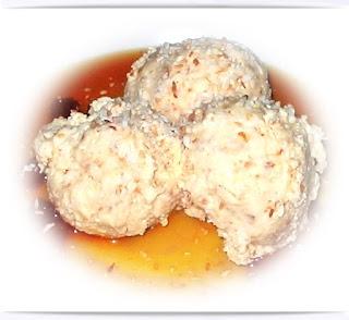 no-churn-coconut-ice-cream-recipe-suzy-bowler