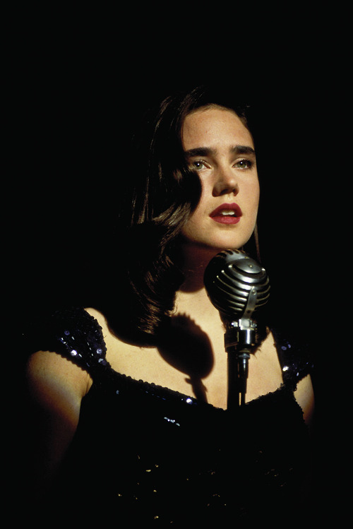 Jennifer Connelly Dark City 1998 movieloversreviews.filminspector.com