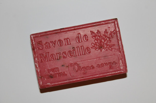 Savon de Marseille Vigne Rouge - Artisanat de Provence - SB Collection