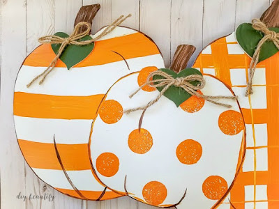 outdoor pumpkin sign