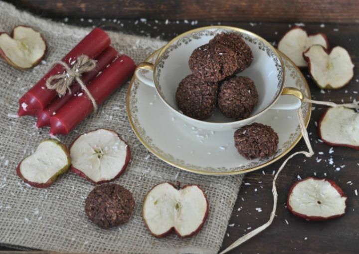 Coconut-Chocolate Macarons, glutenfree