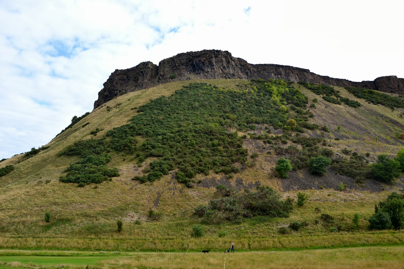 Holyrood park (Edinburgh / Scotland) by XOANYU.