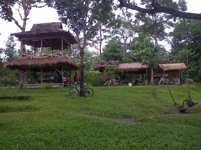 Rumah Hutan