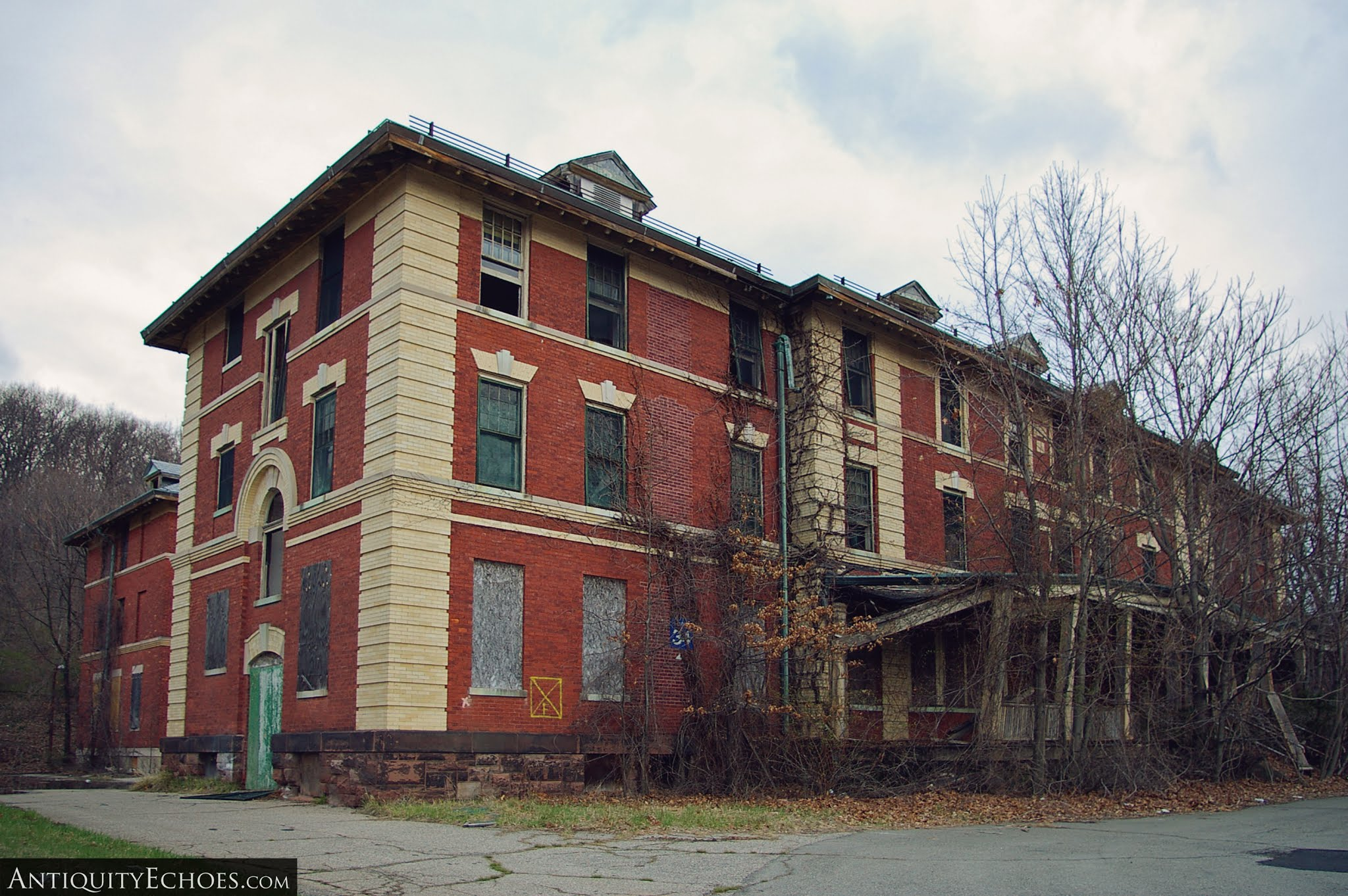 Overbrook Asylum - Nurse Dorm