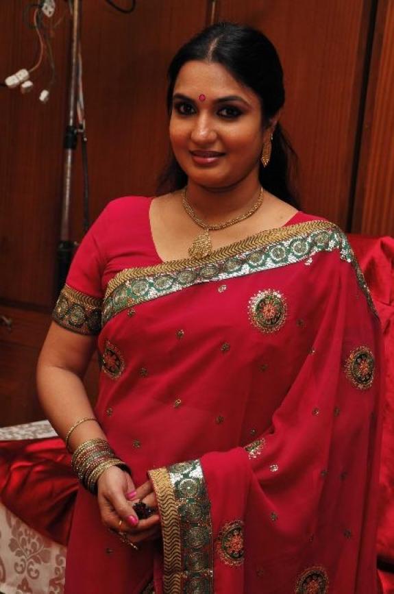 Actress Sexy Photos Sukanya Actress Hot Photos In Saree-4527