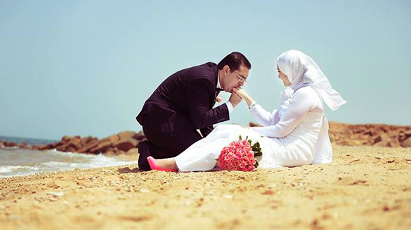 Kisah Pasangan Paling Romantis Yang Perlu Diteladani