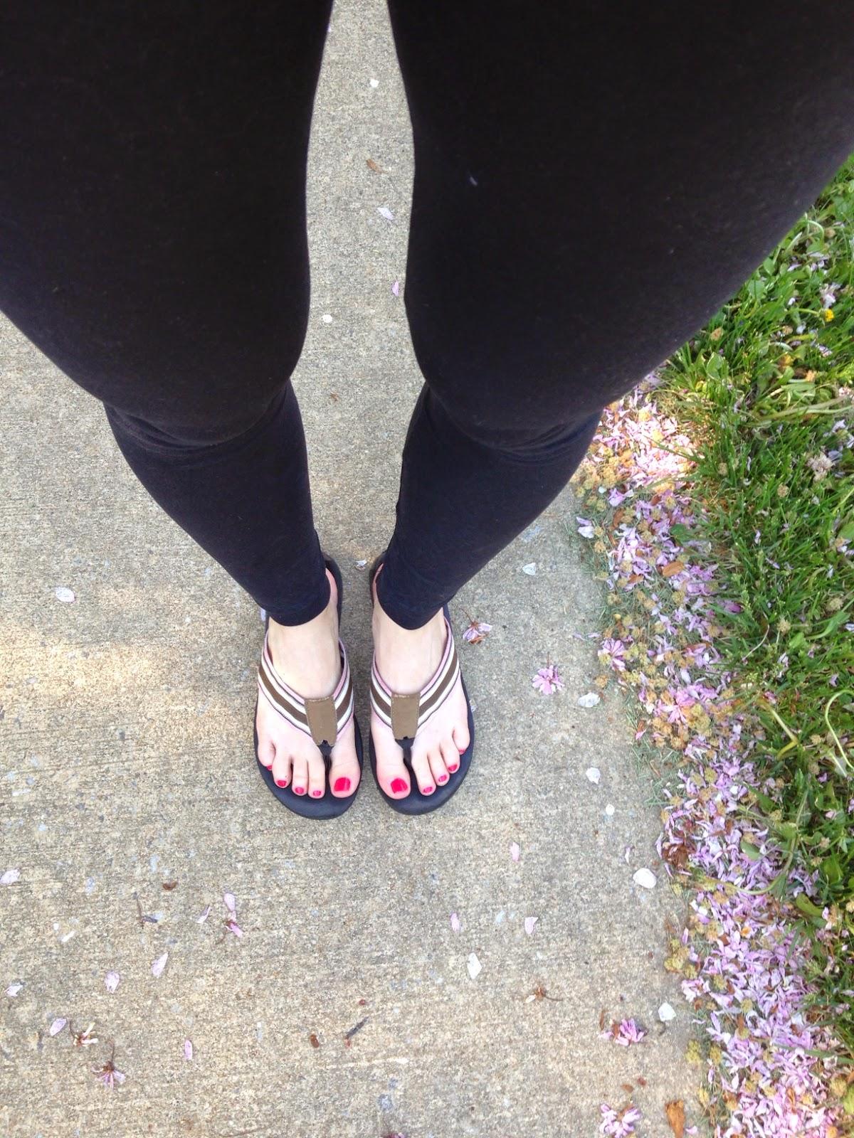 Hot amateur flip flop