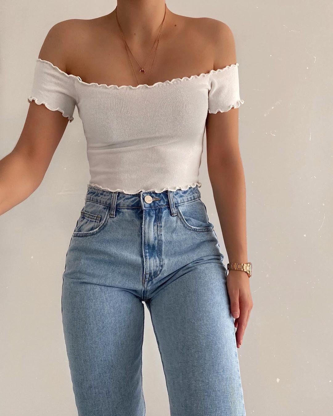 15 Under-$100 Off-the-Shoulder Tops to Wear Now