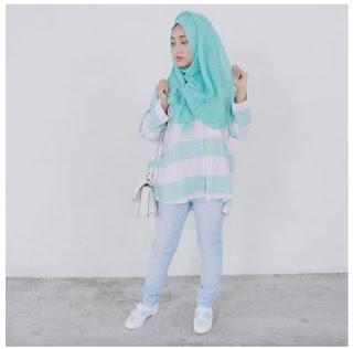 15 Gaya Hijab Modern Fatin Shidqia Untuk Anda Yang Bertubuh Mungil
