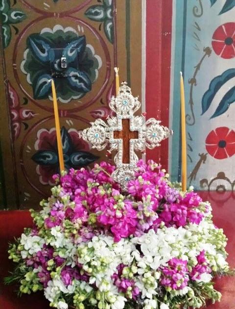 Αποτέλεσμα εικόνας για Γιατί και πως γιορτάζουμε την Κυριακή της Σταυροπροσκυνήσεως