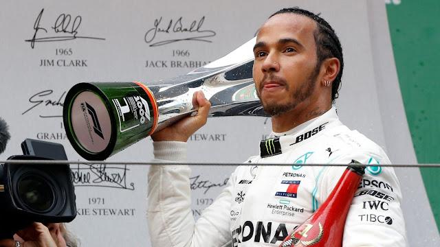 Hamilton gana el GP de China; 'Checo' terminó octavo
