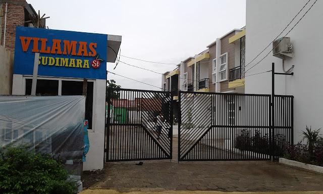 Rumah dalam Kompleks Murah 2 lantai Dekat Commuter Sudimara