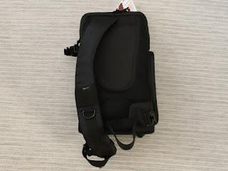 VANGUARD OSLO 47BK スリングバッグ-2