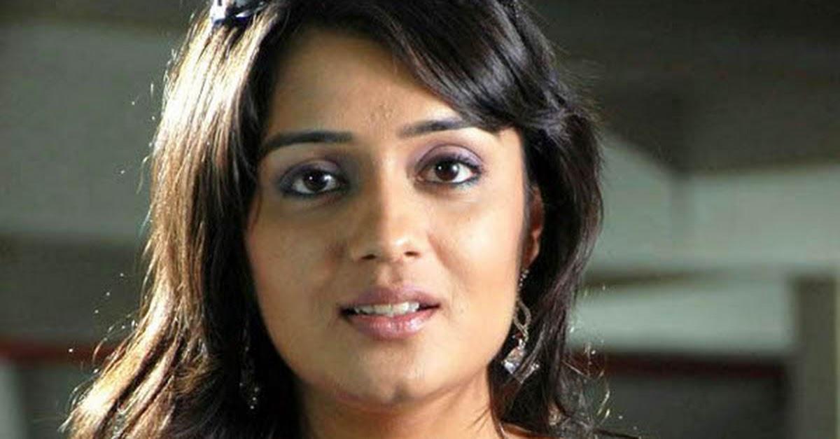 Telugu Actress Jyothi In Blue Salwar: Nikita Thukral Latest Stills In Blue Dress
