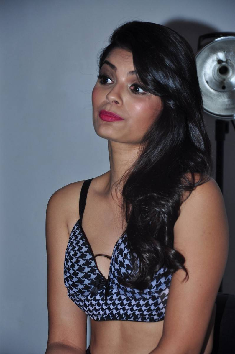 Sonali raut nude pictures-7609
