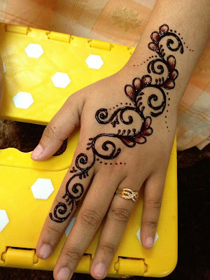 yaya ayarus  Eday 7  Henna