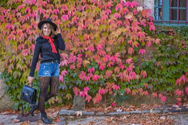 tenue d'automne rock grunge preppy rouge te noir