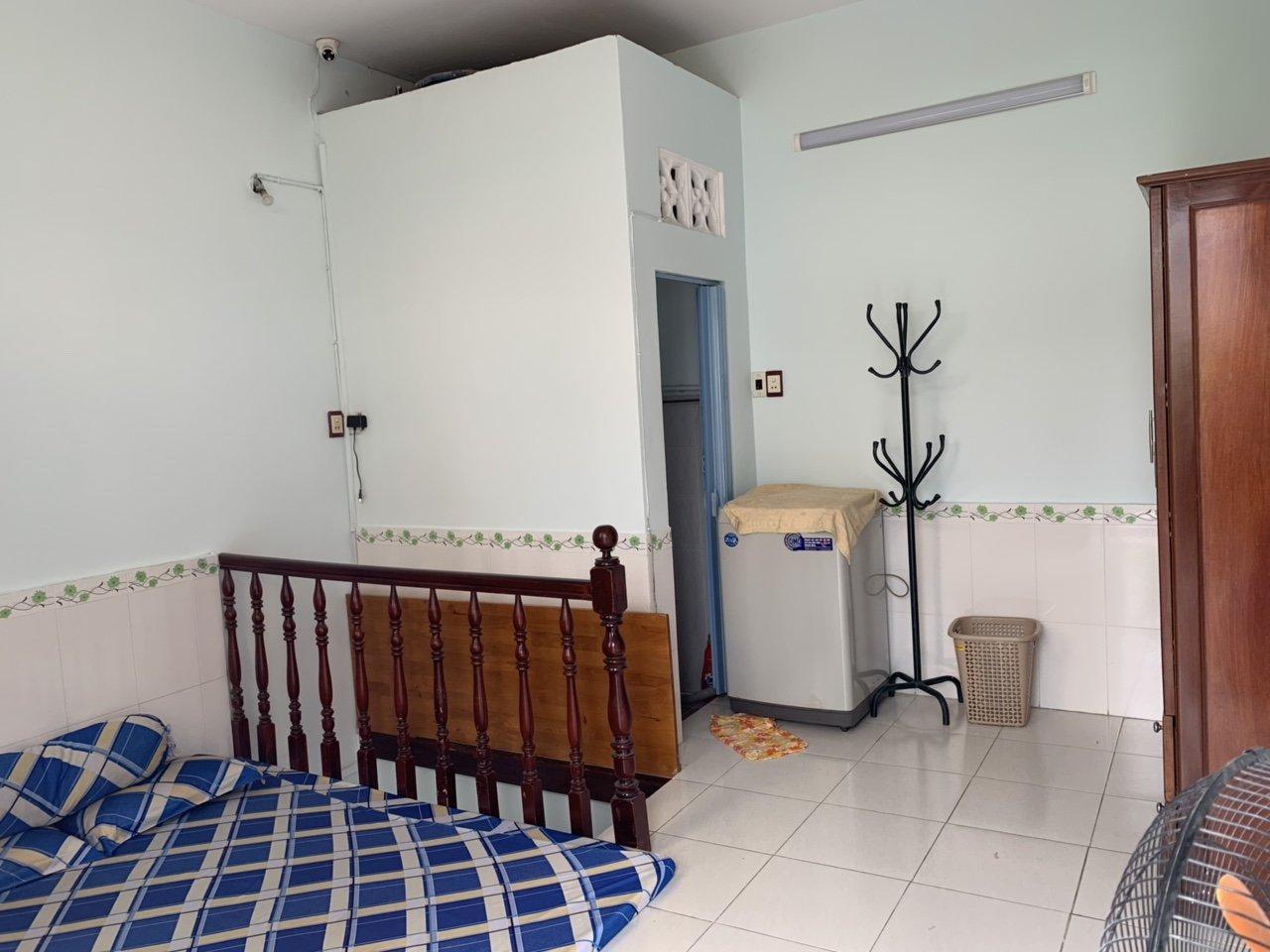 Bán nhà hẻm 26 Trần Quý Cáp phường 11 quận Bình Thạnh. DT 4x4,25m