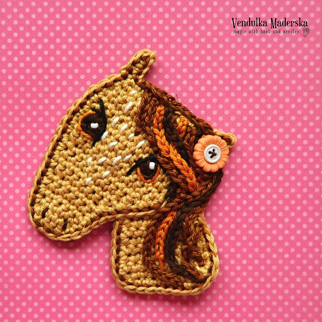 Crochet horse applique pattern by vendulkam