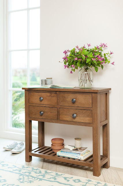 Sundaya mango wood furniture - Organiser Console