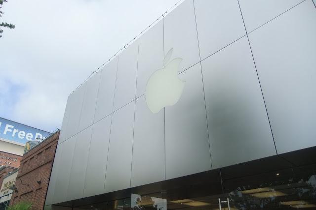 Apple-store-in-washington ワシントン大学近くのアップルストア