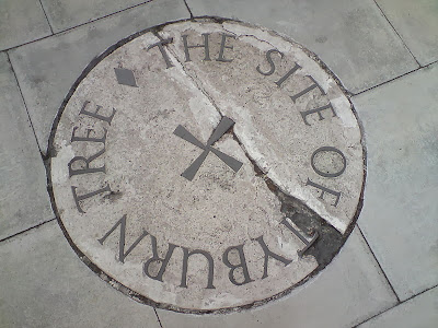 Plaque at the site of the Tyburn Tree